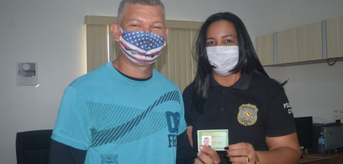 Centro de Atendimento ao cidadão da Câmara Municipal continua com a emissão de Carteiras de identidade e começa a realizar as primeiras entregas