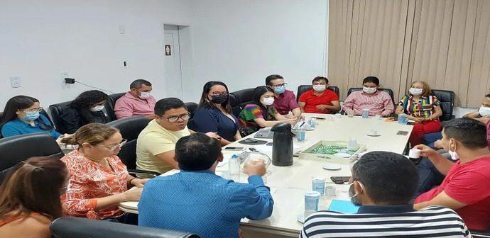 Vereadores se Reúnem com Representantes dos Hospitais Municipais, São José, Magalhães, UPA e Secretária de Saúde para Esclarecer Funcionamento desse Setor